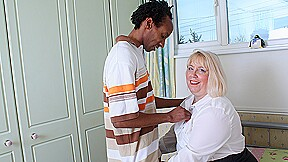 Horny British Housewife Gets Fucked By Her Black Lover - MatureNL